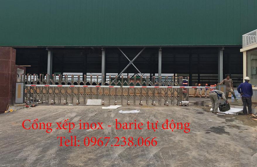 cổng xếp inox và barie tự động