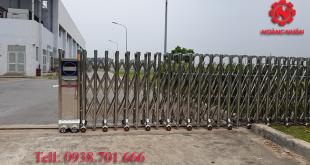 cổng xếp inox 201